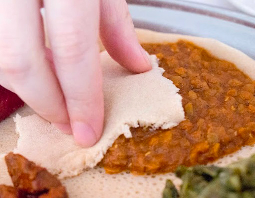eating-with-injera-bread-small