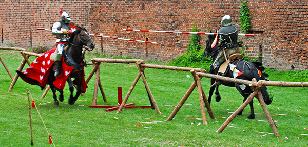 medieval-jousting-tournament-1-small
