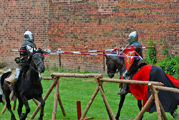 medieval-jousting-tournament-2-small
